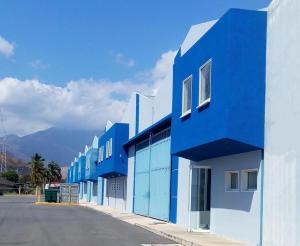 Galpon - Deposito En Alquileren Municipio Santiago Marino, Barrio Saman De Guere, Venezuela, VE RAH: 20-6757