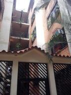 Apartamento En Ventaen Guarenas, Ciudad Casarapa, Venezuela, VE RAH: 20-6785