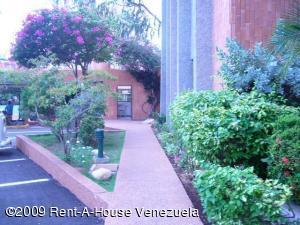 Apartamento En Ventaen Maracaibo, La Lago, Venezuela, VE RAH: 20-6812