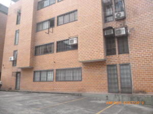 Apartamento En Ventaen San Juan De Los Morros, Villa Los Morros, Venezuela, VE RAH: 20-6855