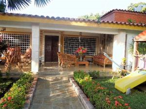 Casa En Ventaen El Tigrito, Av Fernandez Padilla, Venezuela, VE RAH: 20-6902