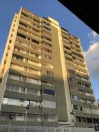Apartamento En Ventaen Caracas, San Bernardino, Venezuela, VE RAH: 20-4029