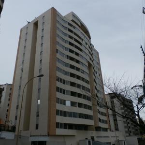 Apartamento En Ventaen Valencia, Sabana Larga, Venezuela, VE RAH: 20-6971