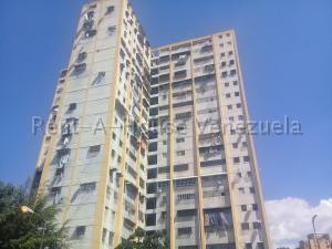 Apartamento En Ventaen Caracas, Caricuao, Venezuela, VE RAH: 19-19666