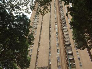 Apartamento En Ventaen Caracas, El Paraiso, Venezuela, VE RAH: 20-7005