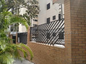 Apartamento En Ventaen Valencia, El Parral, Venezuela, VE RAH: 20-7018