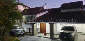 Casa En Ventaen Caracas, Alto Hatillo, Venezuela, VE RAH: 20-7039