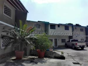 Townhouse En Ventaen Maracay, El Limon, Venezuela, VE RAH: 20-3346