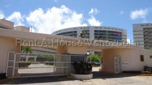 Apartamento En Ventaen Higuerote, Agua Sal, Venezuela, VE RAH: 20-7285