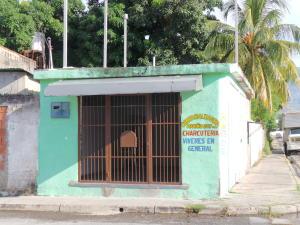 Local Comercial En Alquileren Maracay, Los Olivos Nuevos, Venezuela, VE RAH: 20-7049
