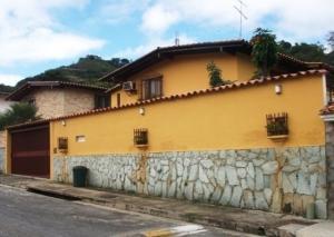 Casa En Ventaen Caracas, Santa Paula, Venezuela, VE RAH: 20-7066