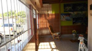 Casa En Ventaen Municipio Naguanagua, Las Quintas, Venezuela, VE RAH: 20-7115