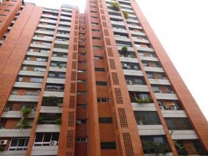 Apartamento En Ventaen Caracas, Prados Del Este, Venezuela, VE RAH: 20-7137
