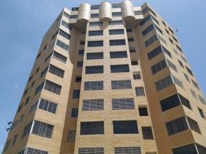 Apartamento En Ventaen Catia La Mar, Playa Grande, Venezuela, VE RAH: 20-7296
