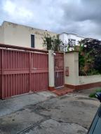 Casa En Ventaen Caracas, El Cafetal, Venezuela, VE RAH: 20-7740