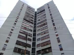 Apartamento En Ventaen San Antonio De Los Altos, Los Salias, Venezuela, VE RAH: 20-7212