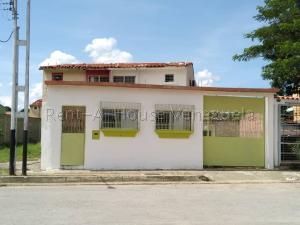 Casa En Ventaen San Francisco De Yare, Yare, Venezuela, VE RAH: 20-7252