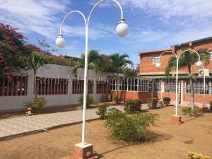 Casa En Ventaen Punto Fijo, Santa Elena, Venezuela, VE RAH: 20-8040