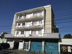Apartamento En Alquileren Maracay, Lourdes, Venezuela, VE RAH: 20-7274