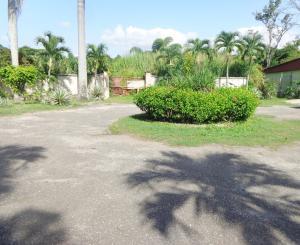Terreno En Ventaen Municipio Naguanagua, Manongo, Venezuela, VE RAH: 20-7275