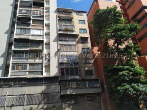 Apartamento En Ventaen Caracas, Parroquia La Candelaria, Venezuela, VE RAH: 20-7160