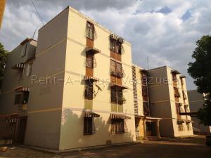 Apartamento En Ventaen Cagua, Calle Sucre, Venezuela, VE RAH: 20-7353