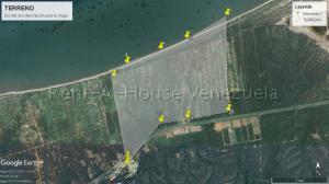 Terreno En Ventaen Puerto Piritu, Puerto Piritu, Venezuela, VE RAH: 20-7370