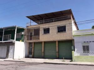 Edificio En Ventaen Maracay, Santa Rosa, Venezuela, VE RAH: 20-7392