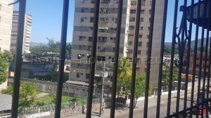 Apartamento En Ventaen Guarenas, Menca De Leoni, Venezuela, VE RAH: 20-7399