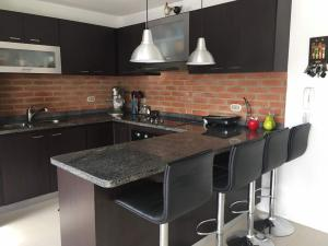 Apartamento En Ventaen Caracas, Bosques De La Lagunita, Venezuela, VE RAH: 20-7436