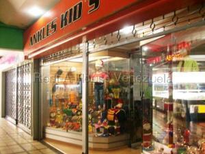 Local Comercial En Ventaen Maracay, Avenida Aragua, Venezuela, VE RAH: 20-7495