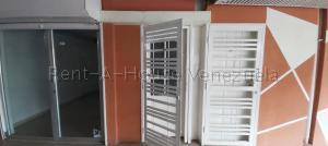 Local Comercial En Alquileren Cabudare, Centro, Venezuela, VE RAH: 20-7615