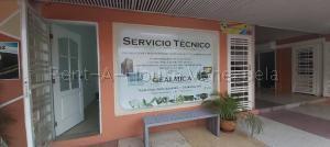 Local Comercial En Alquileren Cabudare, Centro, Venezuela, VE RAH: 20-7617