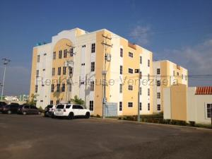 Apartamento En Ventaen Ciudad Ojeda, Calle Piar, Venezuela, VE RAH: 20-7650