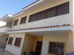 Casa En Ventaen Punto Fijo, Santa Fe, Venezuela, VE RAH: 20-7653