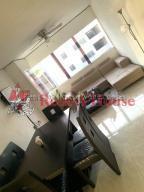Apartamento En Ventaen Cabudare, Parroquia José Gregorio, Venezuela, VE RAH: 20-7686