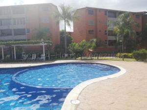 Apartamento En Ventaen Guatire, Sector San Pedro, Venezuela, VE RAH: 20-7691