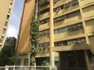 Apartamento En Ventaen Los Teques, Los Teques, Venezuela, VE RAH: 20-7707