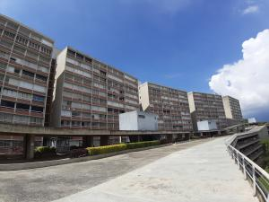 Apartamento En Ventaen Caracas, El Encantado, Venezuela, VE RAH: 20-7744