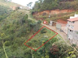Terreno En Ventaen Caracas, El Hatillo, Venezuela, VE RAH: 20-7867