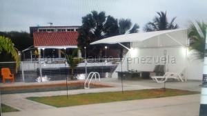 Casa En Ventaen Higuerote, Puerto Encantado, Venezuela, VE RAH: 20-8679