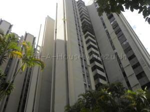 Apartamento En Ventaen San Antonio De Los Altos, Las Salias, Venezuela, VE RAH: 20-7830
