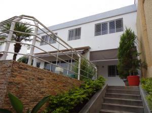 Casa En Ventaen Caracas, Colinas De Santa Monica, Venezuela, VE RAH: 20-7803