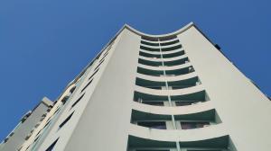 Apartamento En Ventaen Municipio Naguanagua, Manongo, Venezuela, VE RAH: 20-7815
