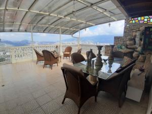 Casa En Ventaen Caracas, Colinas De Santa Monica, Venezuela, VE RAH: 20-7817