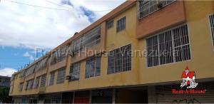 Apartamento En Ventaen La Victoria, C.c Victoria Center, Venezuela, VE RAH: 20-7809