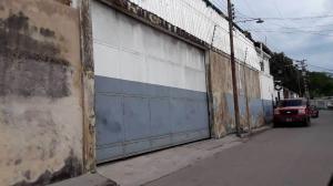 Local Comercial En Ventaen Municipio Libertador, Parroquia Tocuyito, Venezuela, VE RAH: 20-7827