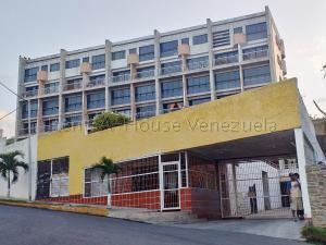 Apartamento En Ventaen Catia La Mar, Playa Grande, Venezuela, VE RAH: 20-8375