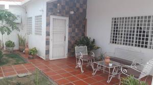 Casa En Ventaen Coro, La Velita, Venezuela, VE RAH: 20-7898