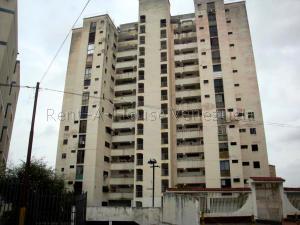 Apartamento En Ventaen Caracas, Los Chaguaramos, Venezuela, VE RAH: 20-2866